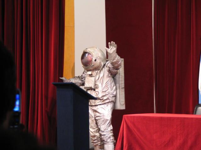 MadDog  Astronauta  IV